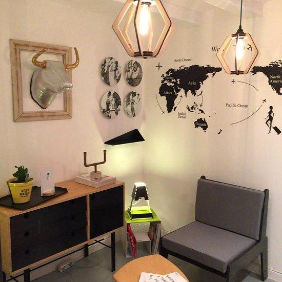 Barcelona muebles y decoraci n hogar y jard n for Muebles design barcelona