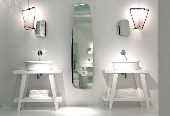 Baño Pequeno E Irregular:Navone se ha inspirado en un público joven a la hora de diseñar