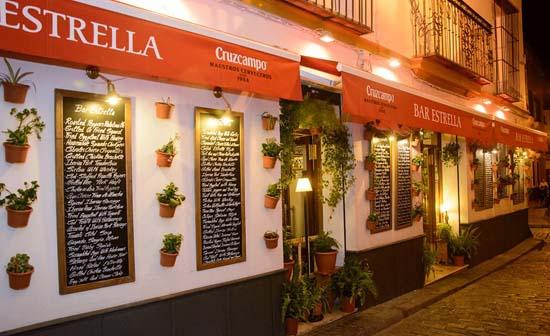 Sevilla gastronom a restaurantes for Bar madera sevilla